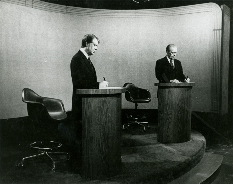 Photo of Jimmy Carter and Gerald Ford at the 1976 presidential debate