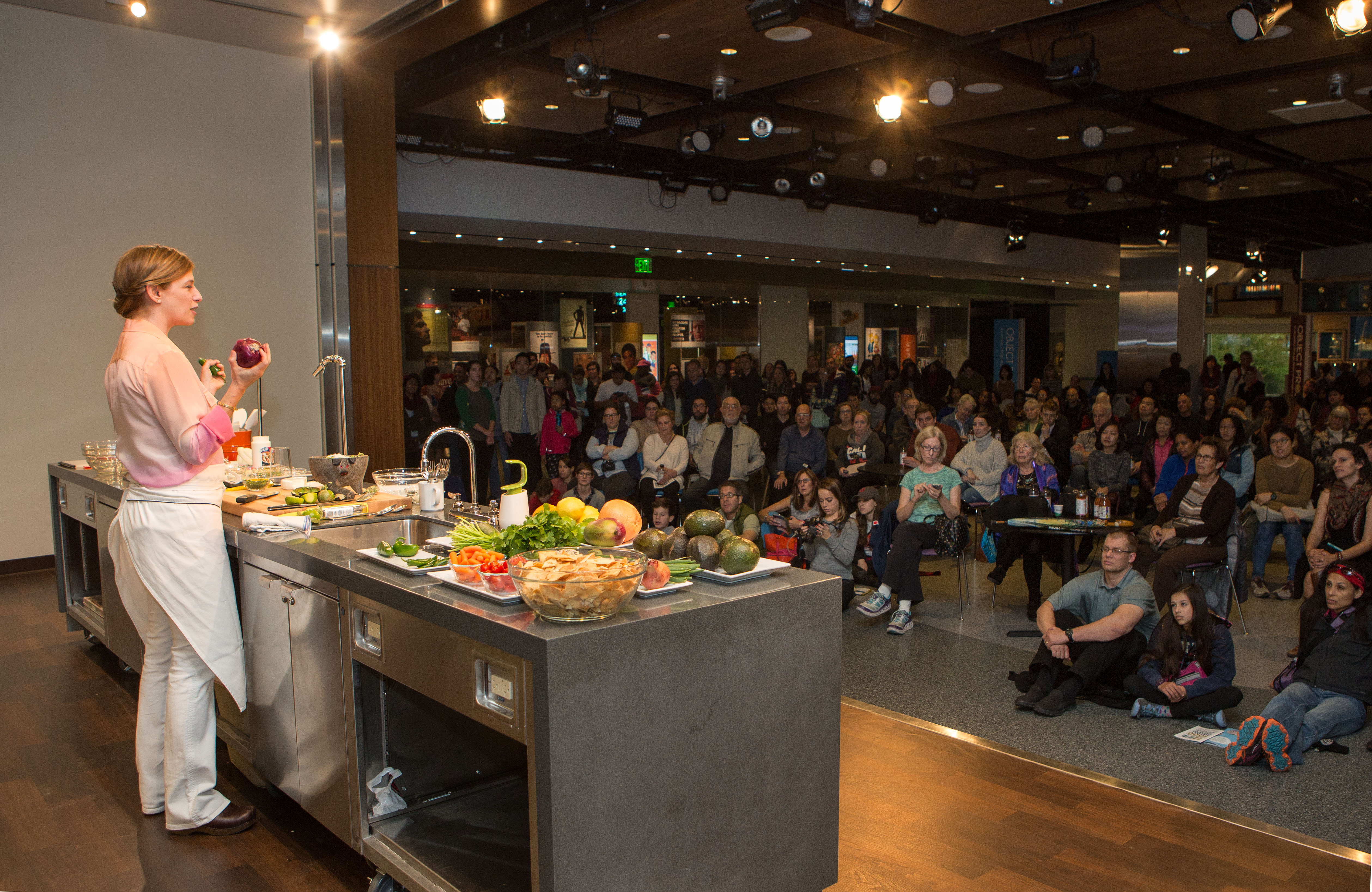 Pati Jinich demonstration in front of a large crowd