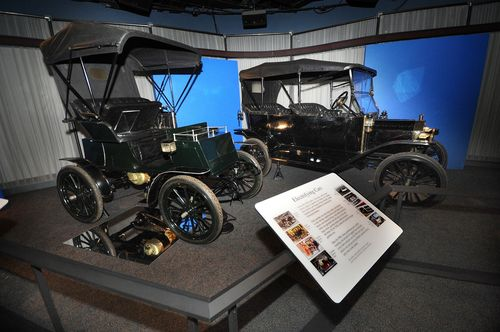 1 - 1904 Columbia electric, 1913 Ford Model T