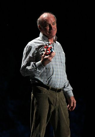 Photograph of Kary Mullis at a TED talk, from Flickr user Erik Charlton, available under Creative Commons License