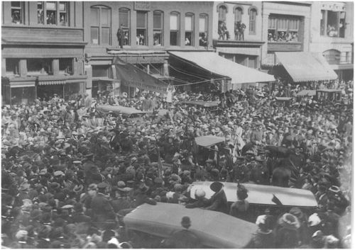 Photograph of the March 3, 1913 parade. Sewall-Belmont House & Museum, home of the historic National Woman's Party.
