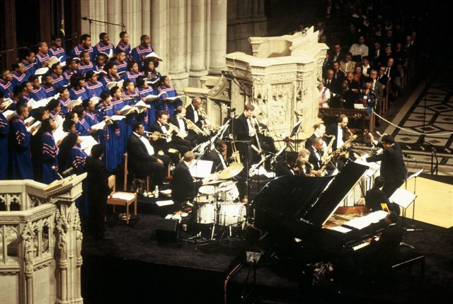 David Baker conducting SJMO's 1999 Duke Ellington Sacred Concert at the National Cathedral