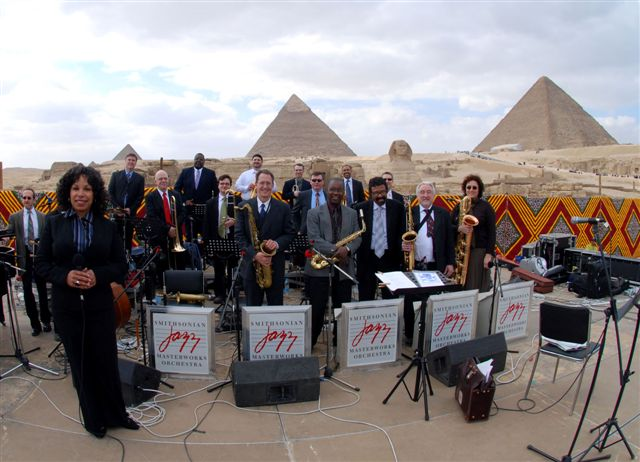 SJMO 2008 performance in Cairo at the Pyramids of Giza