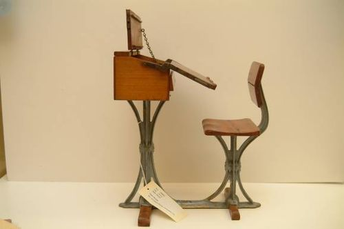 1880 John Glendenning desk model,  opened