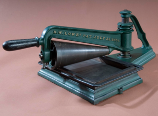 The portable Lowe Press, patented in 1856, an object of interest to Joan Boudreau