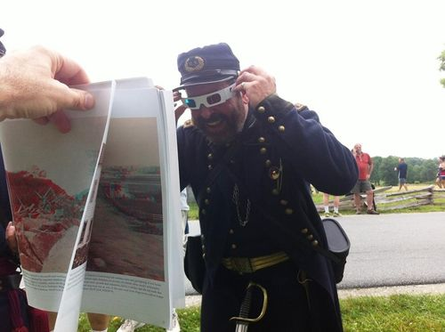 """General John Reynolds"" stands in, and views a 3D photo of, the place where he was killed 150 years ago"
