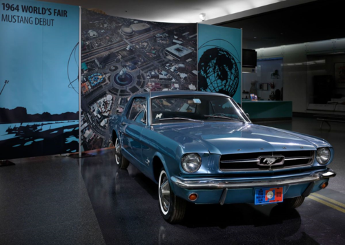 Another photo of the 1965 Mustang on display: ET-2014-0871-(1)