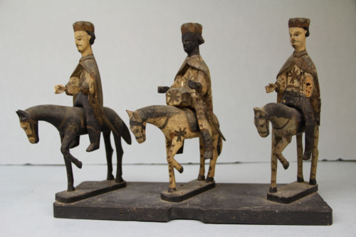 In this Latin American depiction of the Three Kings, even the horses bow to the infant Jesus