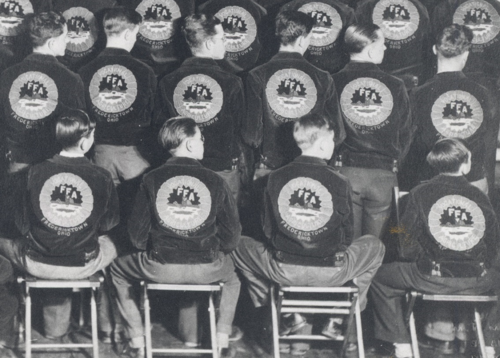 In 1933, blue corduroy jackets were adopted as the official dress of FFA. Fredericktown, Ohio, members arrived at the national FFA convention wearing the jackets. Image courtesy the National FFA Organization.