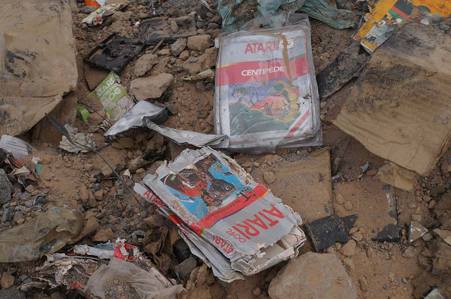 """From landfill to Smithsonian collections: """"E.T. the Extra-Terrestrial"""" Atari 2600 game"""
