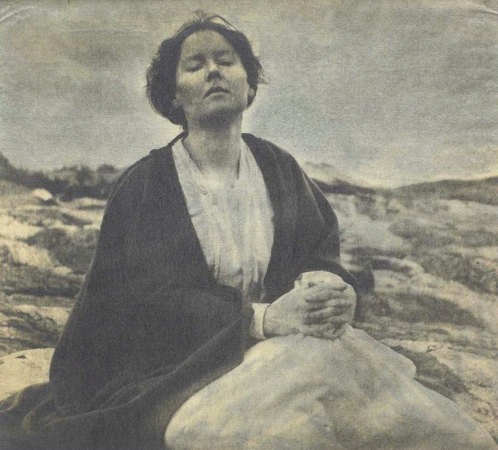 Gertrude Kasebier's photographs about motherhood | National Museum