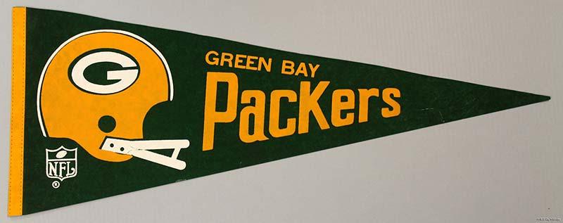 Football pennant reading 'Green Bay Packers'