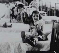 Children in hospital ward