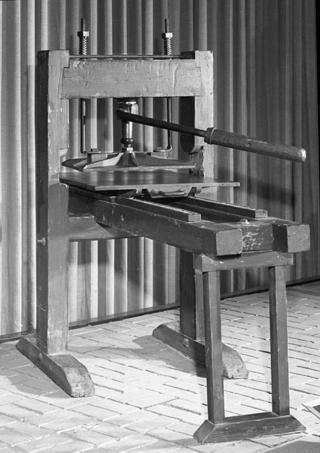 Ramage press