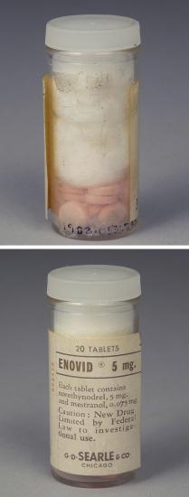 Pill container with label