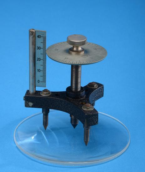 Cenco Student Spherometer