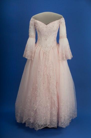Natalia Flores's pink quinceañera gown