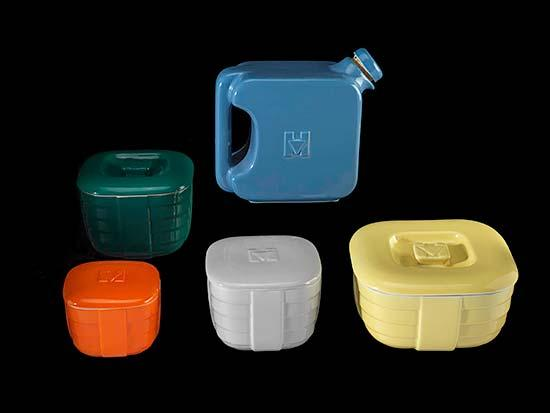 Solid color containers for fridge
