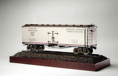 Refrigerator train car model