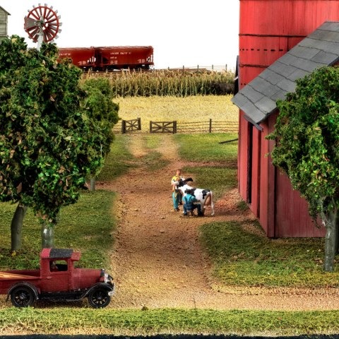 Model of a typical midwestern farm, about 1920, angle 5