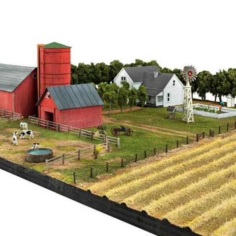 Model of a typical midwestern farm, about 1920, angle 6