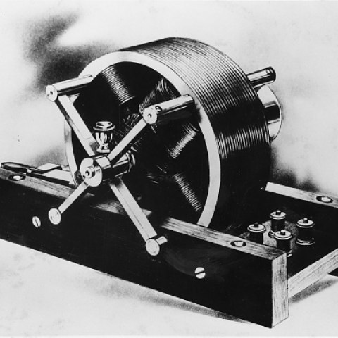 Model of Tesla's induction motor, 1888.