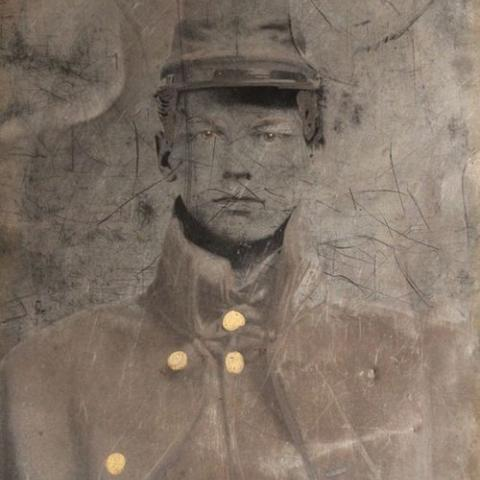 Tintype of Union soldier Vidal Thom