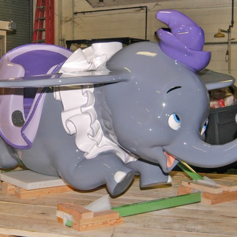 Dumbo ride car