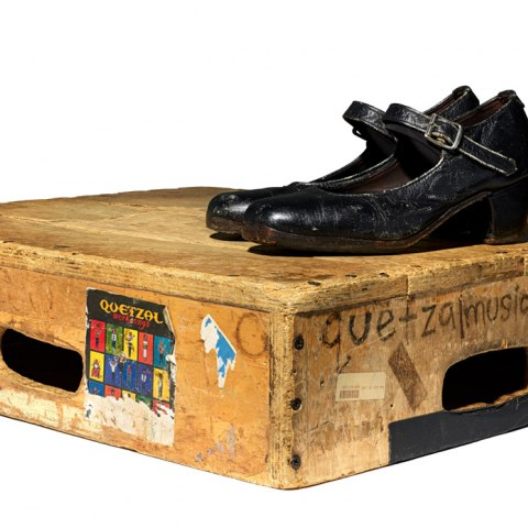 Tarima and shoes used by Martha Gonzalez in California, 1999