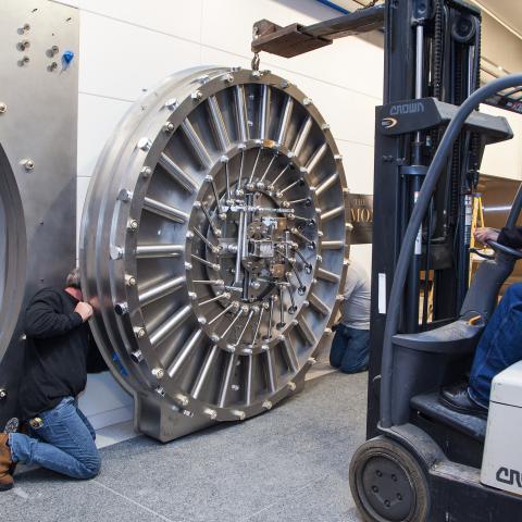 Installation of the vault door