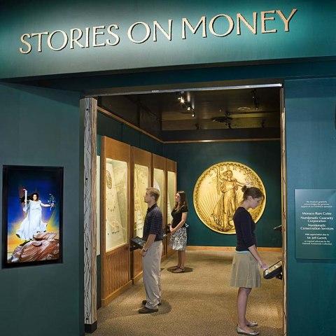 Vistors in Stories on Money