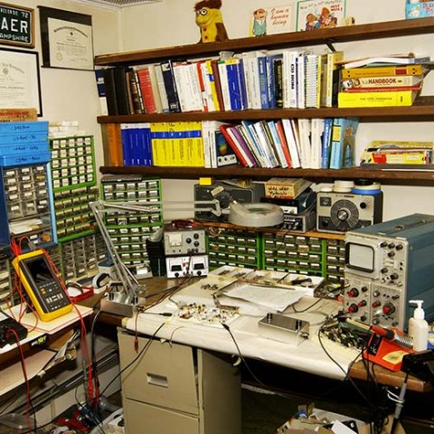 Wide shot of Ralph Baer's Inventor's Workshop